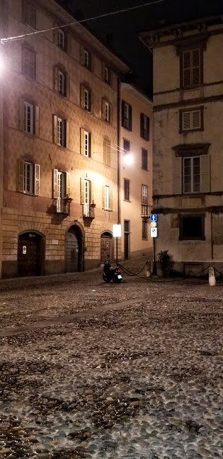 Nighttime in Citta Alta square