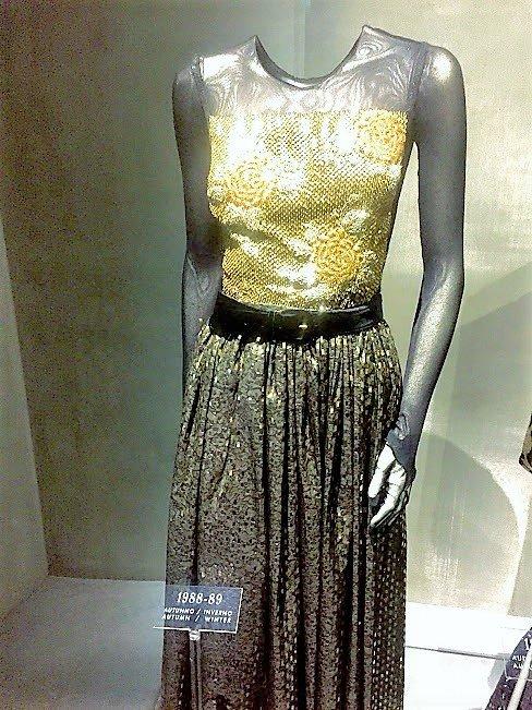 armani silos mannequin yellow dress