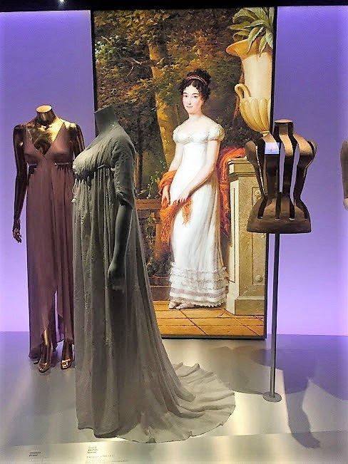 Barcelona Design Museum, Fashion Exhibit