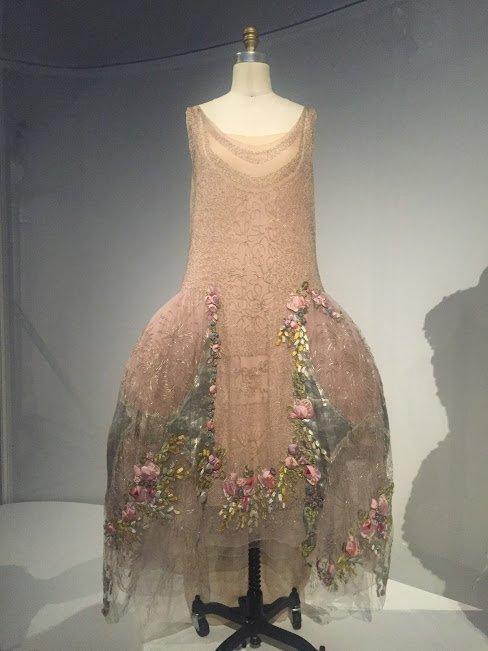 manus x machina dress on a manniquin