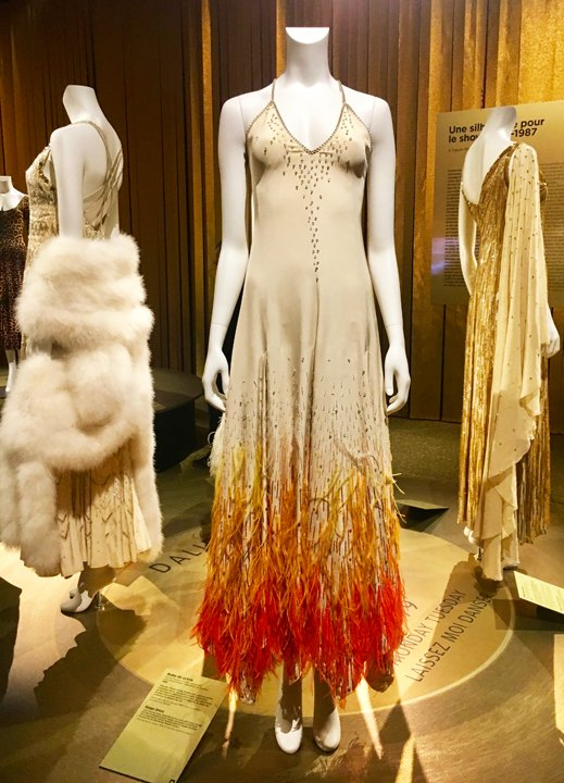 dalida exhibit nude dress with red