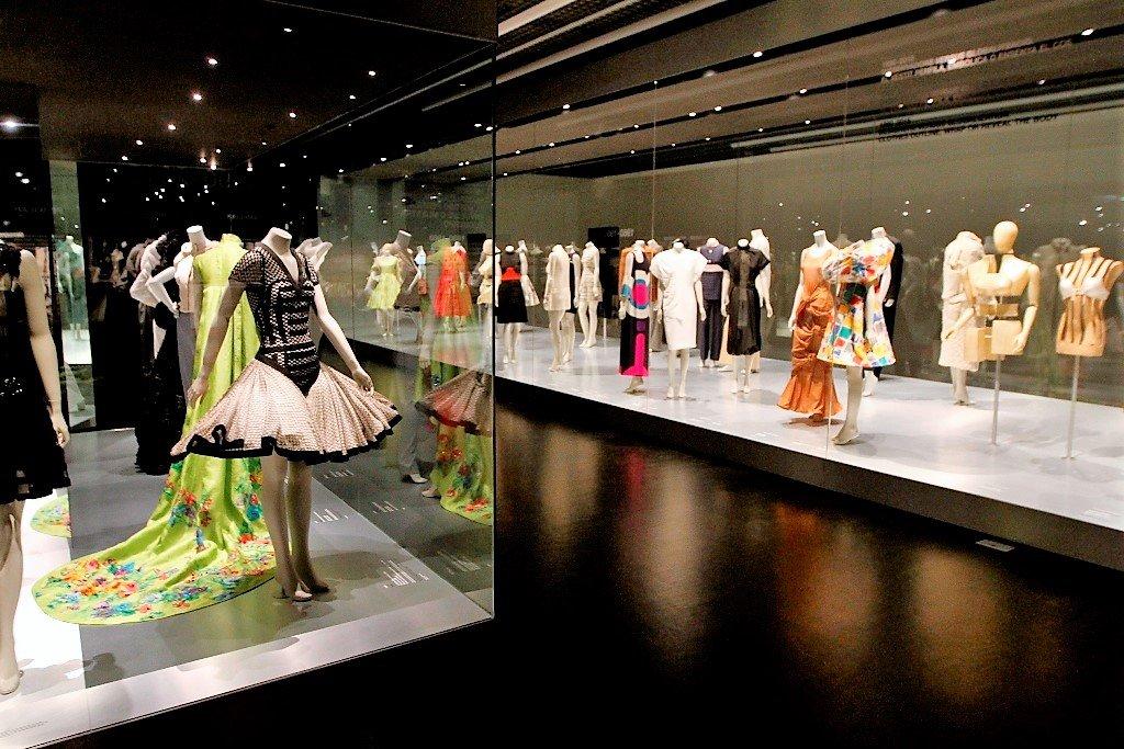 Design museum Fashion Exhibit today